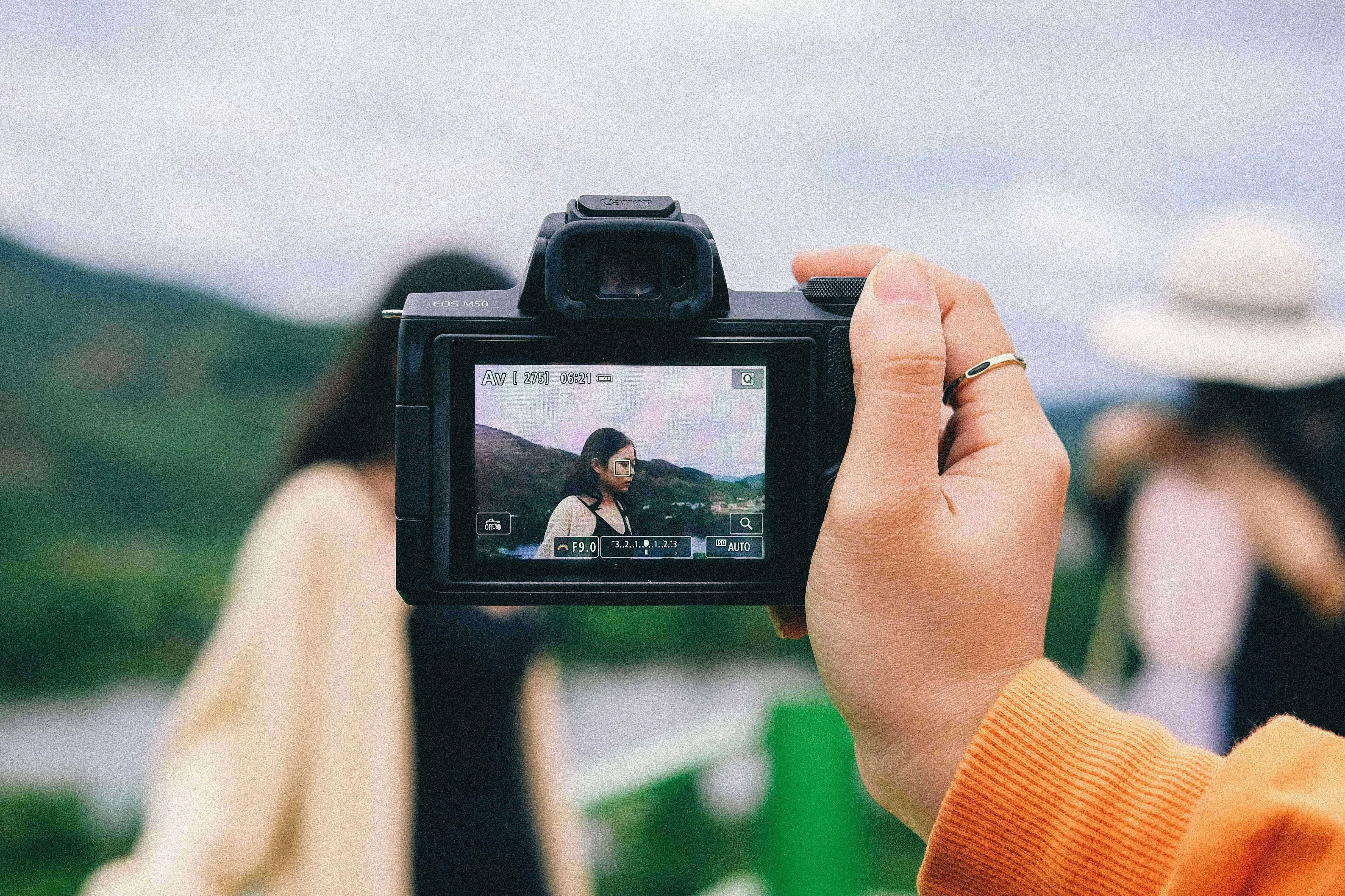best travel camera for overseas students 3